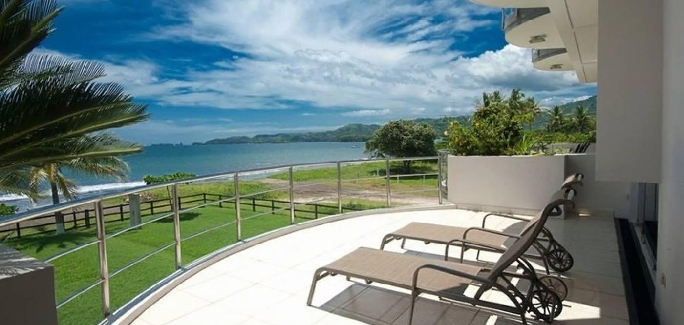 Villa Ballena - Beachfront Townhouse for Sale